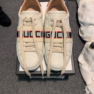 Women's Gucci Sneaker